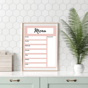 creating a weekly and monthly meal plan is so helpful in helping moms to be more productive