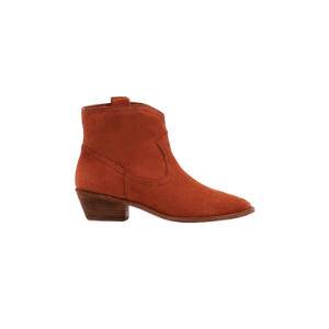 short boots are perfect for any fall capsule wardrobe
