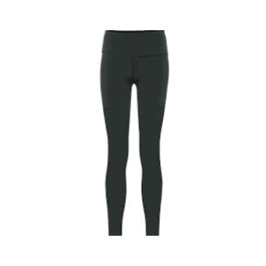 black leggings are a must for any casual fall capsule wardrobe