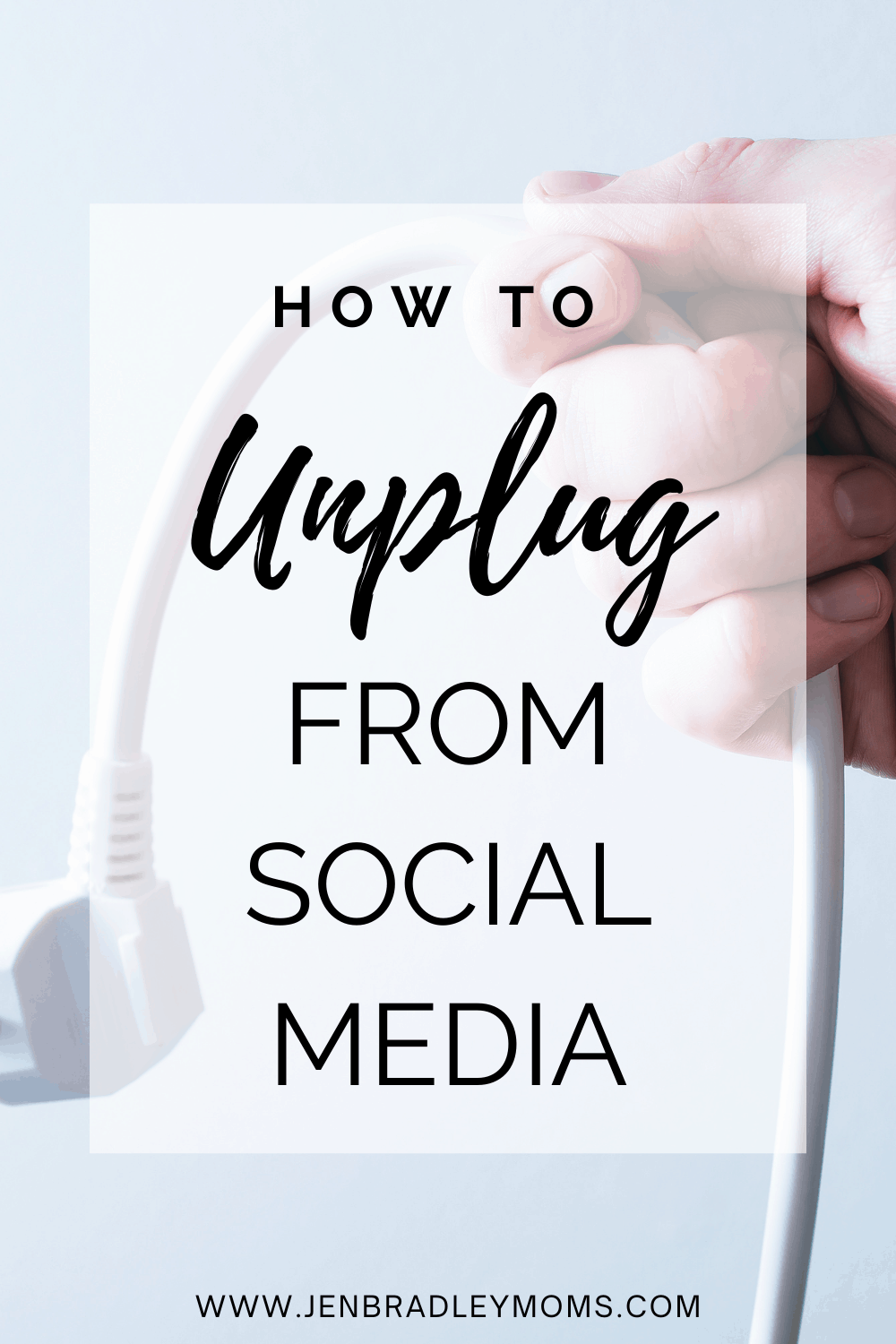 How to Unplug from Social Media (and Be a Much Happier Mom!)